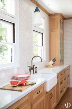 Stunning White Kitchen Design Ideas 10