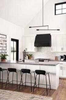 Stunning White Kitchen Design Ideas 22