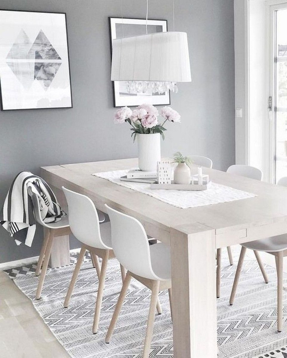 Winter Dining Room Decoration Ideas On Your Table 11