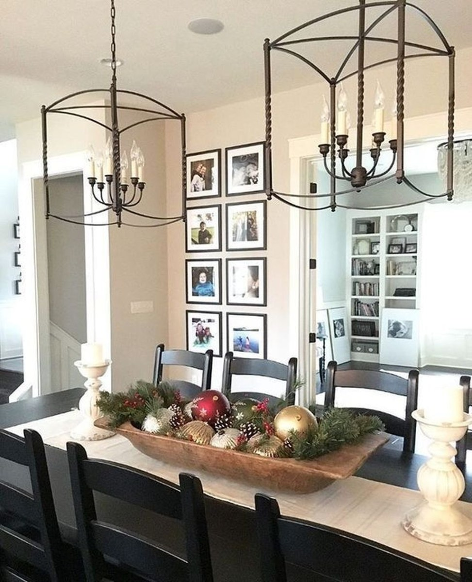 Winter Dining Room Decoration Ideas On Your Table 14