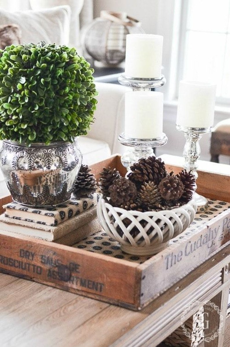 Winter Dining Room Decoration Ideas On Your Table 27