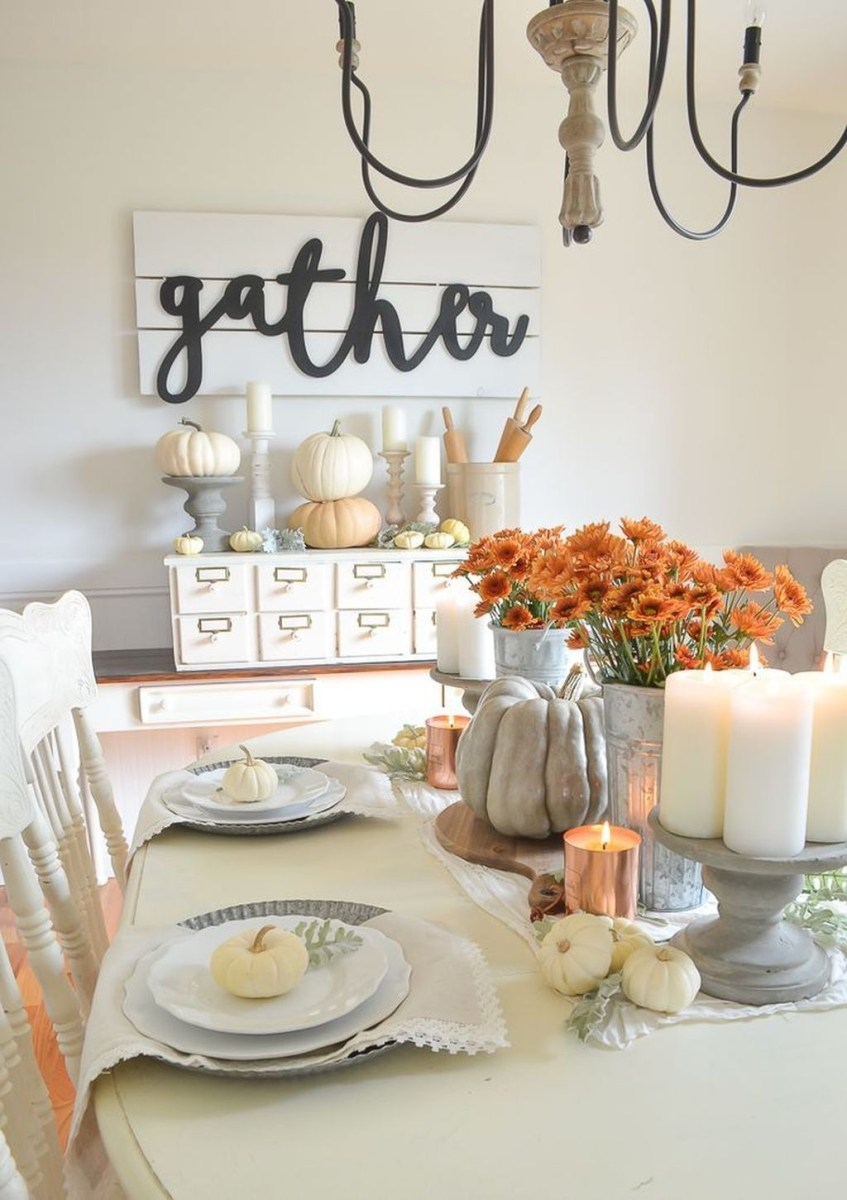 Winter Dining Room Decoration Ideas On Your Table 29
