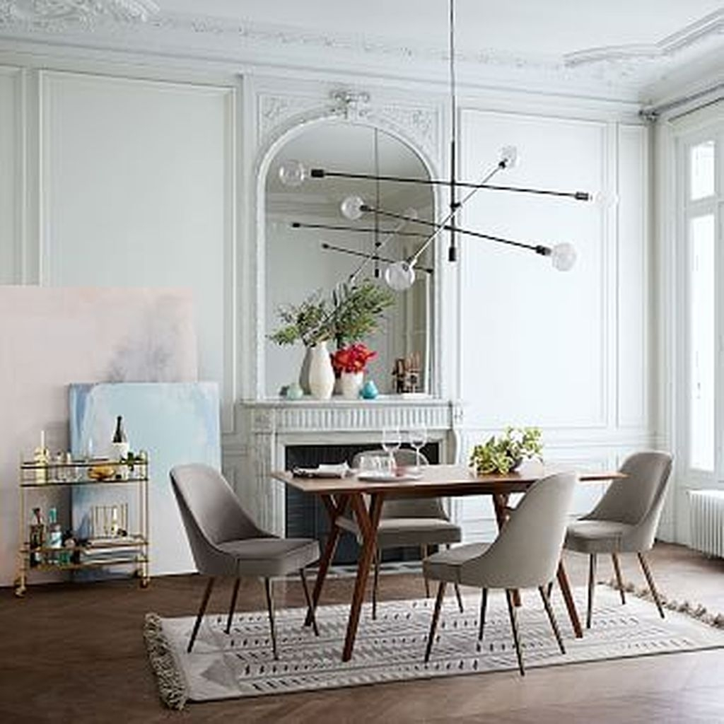 Winter Dining Room Decoration Ideas On Your Table 33