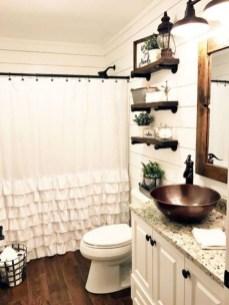 Affordable Farmhouse Bathroom Design Ideas 21