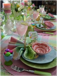 Amazing Bright And Colorful Easter Table Decoration Ideas 20