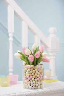 Amazing Bright And Colorful Easter Table Decoration Ideas 31