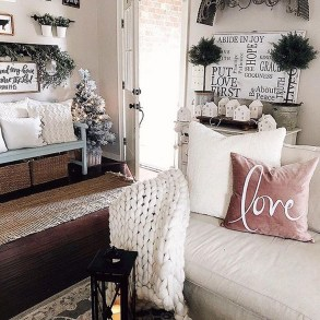 Cute Valentine Decoration For Your Living Room 01