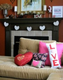 Cute Valentine Decoration For Your Living Room 21