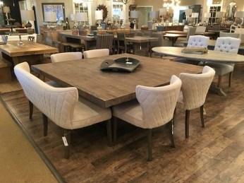 Elegant Modern Dining Room Design Ideas 19