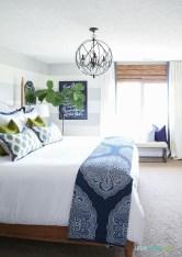Gorgeous Guest Bedroom Decoration Ideas 03