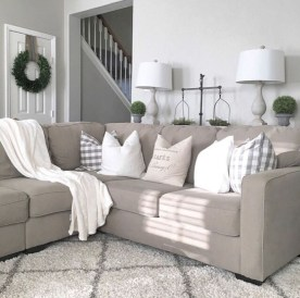 Inspiring Furniture Color Ideas For Your Living Room 37