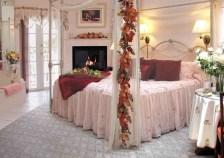 Lovely Valentine Master Bedroom Decor Ideas 20