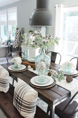 Perfect Farmhouse Dining Table Design Ideas 20