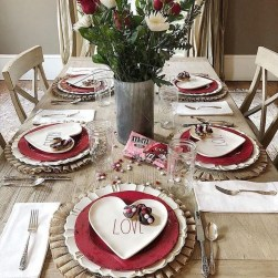 Romantic Valentine Home Decoration Ideas To Warm Your Relationship 30