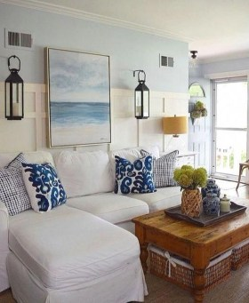 Stunning Coastal Living Room Decoration Ideas 31