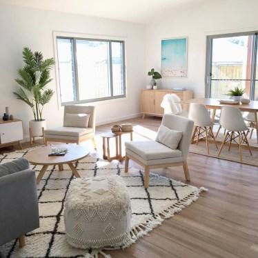 Stunning Coastal Living Room Decoration Ideas 39
