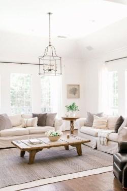 Stunning Coastal Living Room Decoration Ideas 50