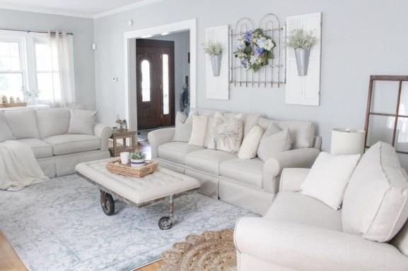 Stunning Family Friendly Living Room Ideas 17