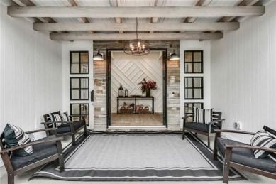 Stunning Modern Entryway Design Ideas 29
