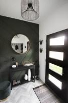 Stunning Modern Entryway Design Ideas 39