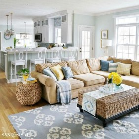 Stunning Spring Living Room Decor Ideas To Refresh Your Mind 18