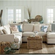 Stunning Spring Living Room Decor Ideas To Refresh Your Mind 41