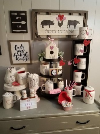 Stylish Valentines Day Home Decor Ideas 07