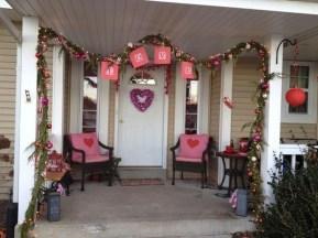 Stylish Valentines Day Home Decor Ideas 13