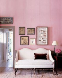 Sweet Living Room Decor Ideas With Red Color For Valentines Day 12