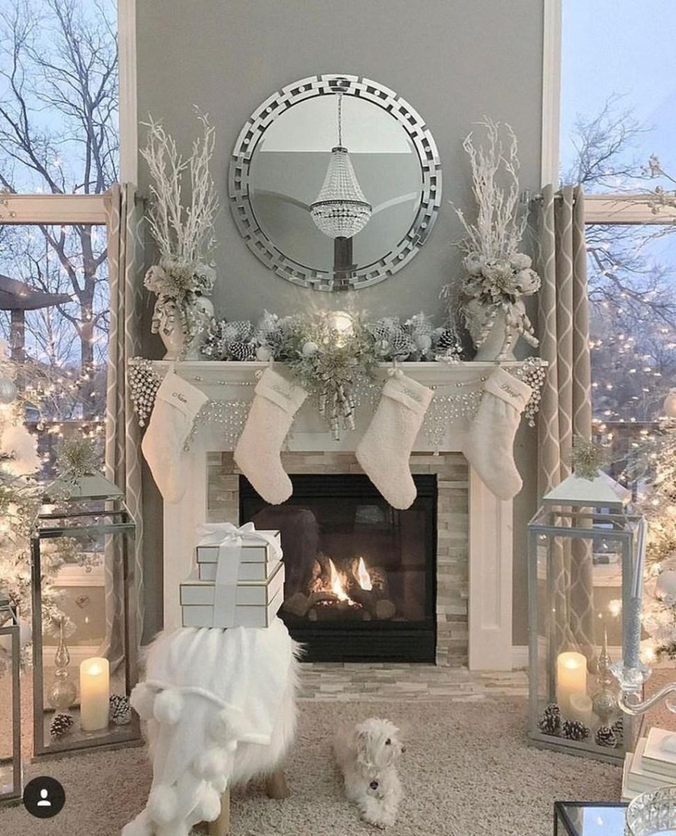 The Best Mantel Decoration Ideas 16