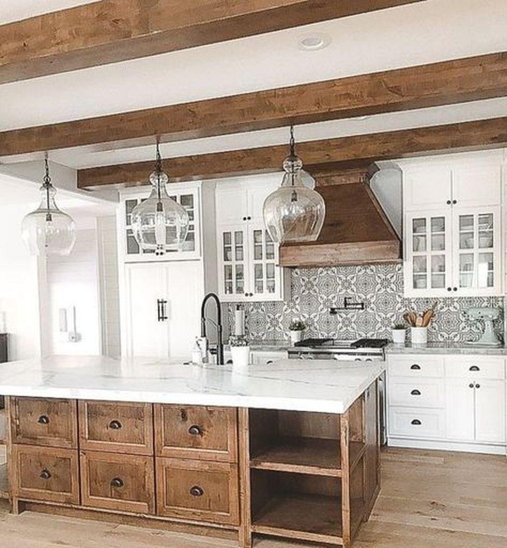 Totally Inspiring Farmhouse Kitchen Design Ideas 43