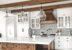 Totally Inspiring Farmhouse Kitchen Design Ideas 43