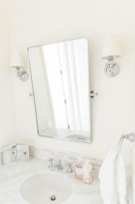Beautiful Bathroom Mirror Design Ideas 18