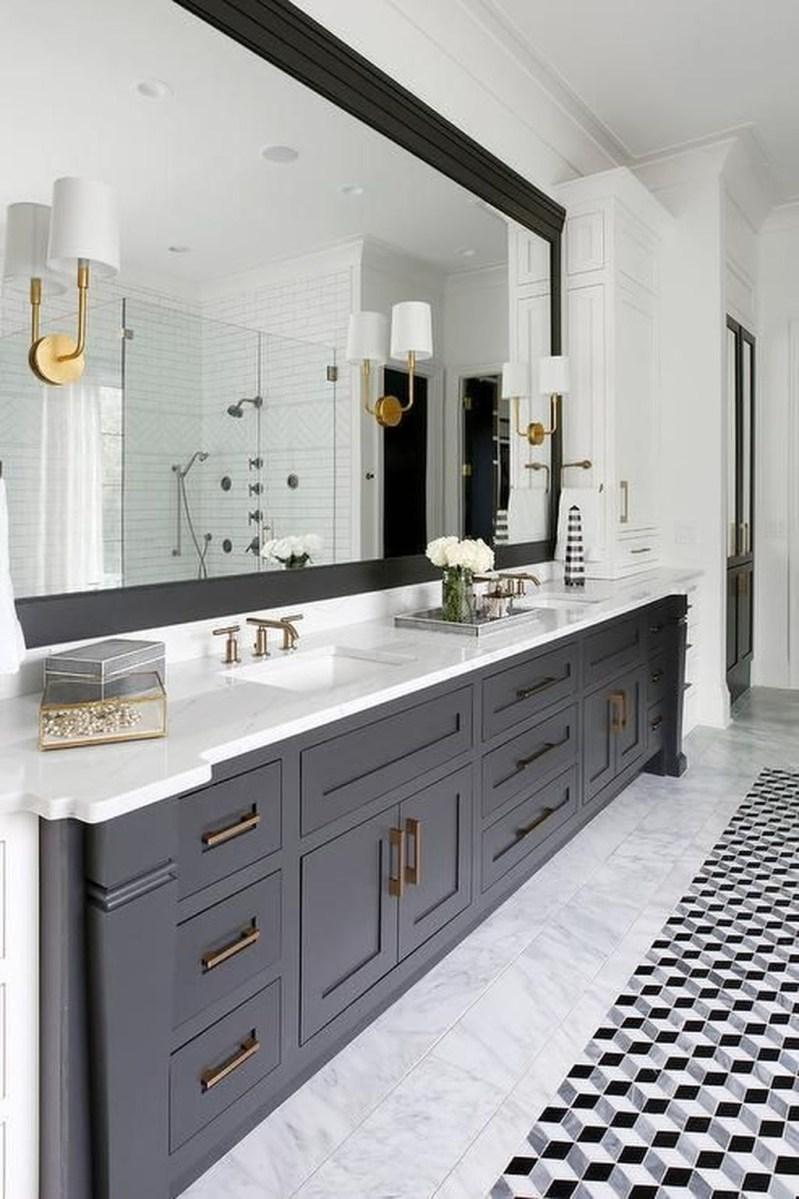 Beautiful Bathroom Mirror Design Ideas 43