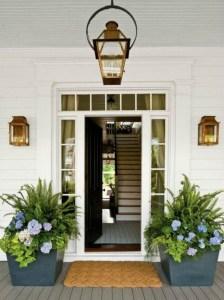 Stunning Spring Front Porch Decoration Ideas 21