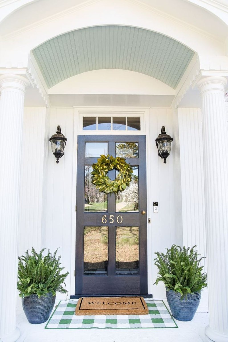 Stunning Spring Front Porch Decoration Ideas 24