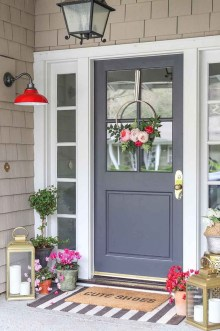 Stunning Spring Front Porch Decoration Ideas 44