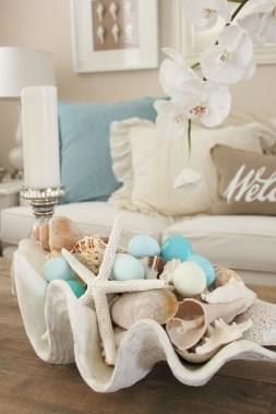 The Best Coastal Theme Living Room Decor Ideas 19