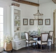The Best Farmhouse Lights Design Ideas To Get A Vintage Impression 12