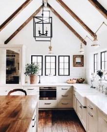 Luxury Modern Farmhouse Decoration Ideas 03