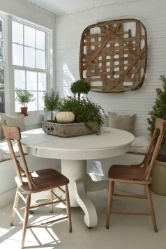 Luxury Modern Farmhouse Decoration Ideas 18