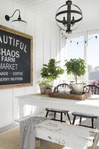 Luxury Modern Farmhouse Decoration Ideas 22