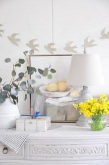 Modern Spring Decor Ideas 22