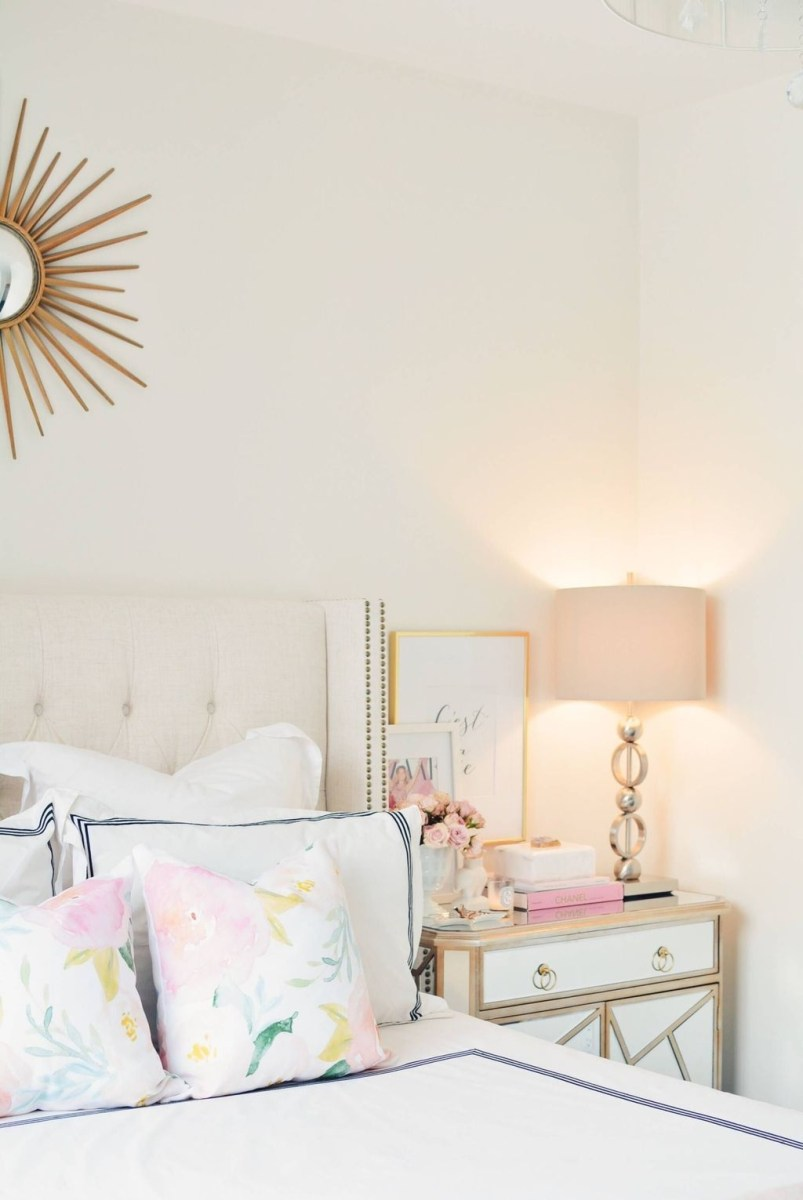Perfect Spring Bedroom Decorating Ideas 33