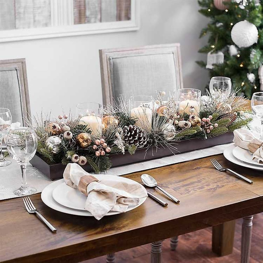 Beautiful Winter Dining Room Table Decor Ideas Which You Definitely Like 29