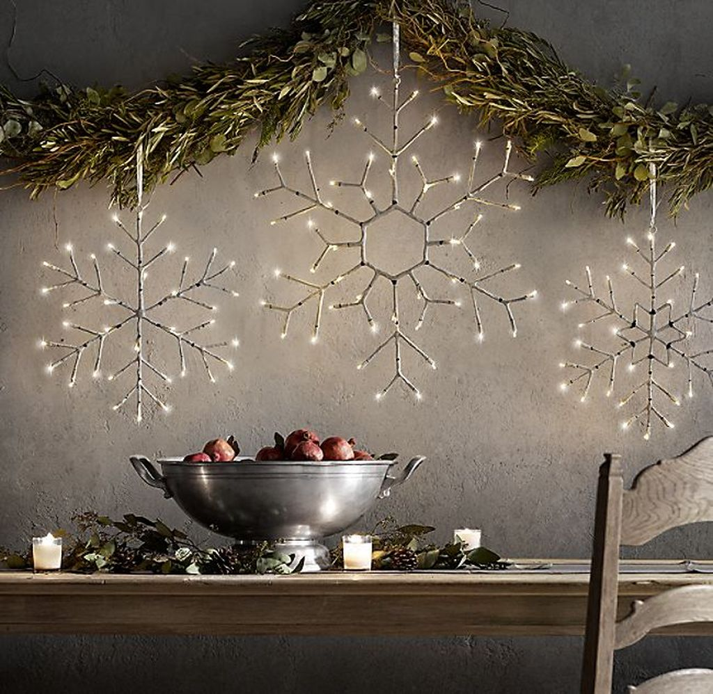 Beautiful Winter Wonderland Lighting Ideas For Outdoor And Indoor Decor 12