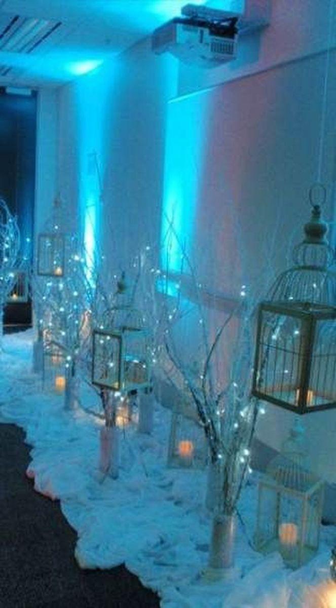 Beautiful Winter Wonderland Lighting Ideas For Outdoor And Indoor Decor 14