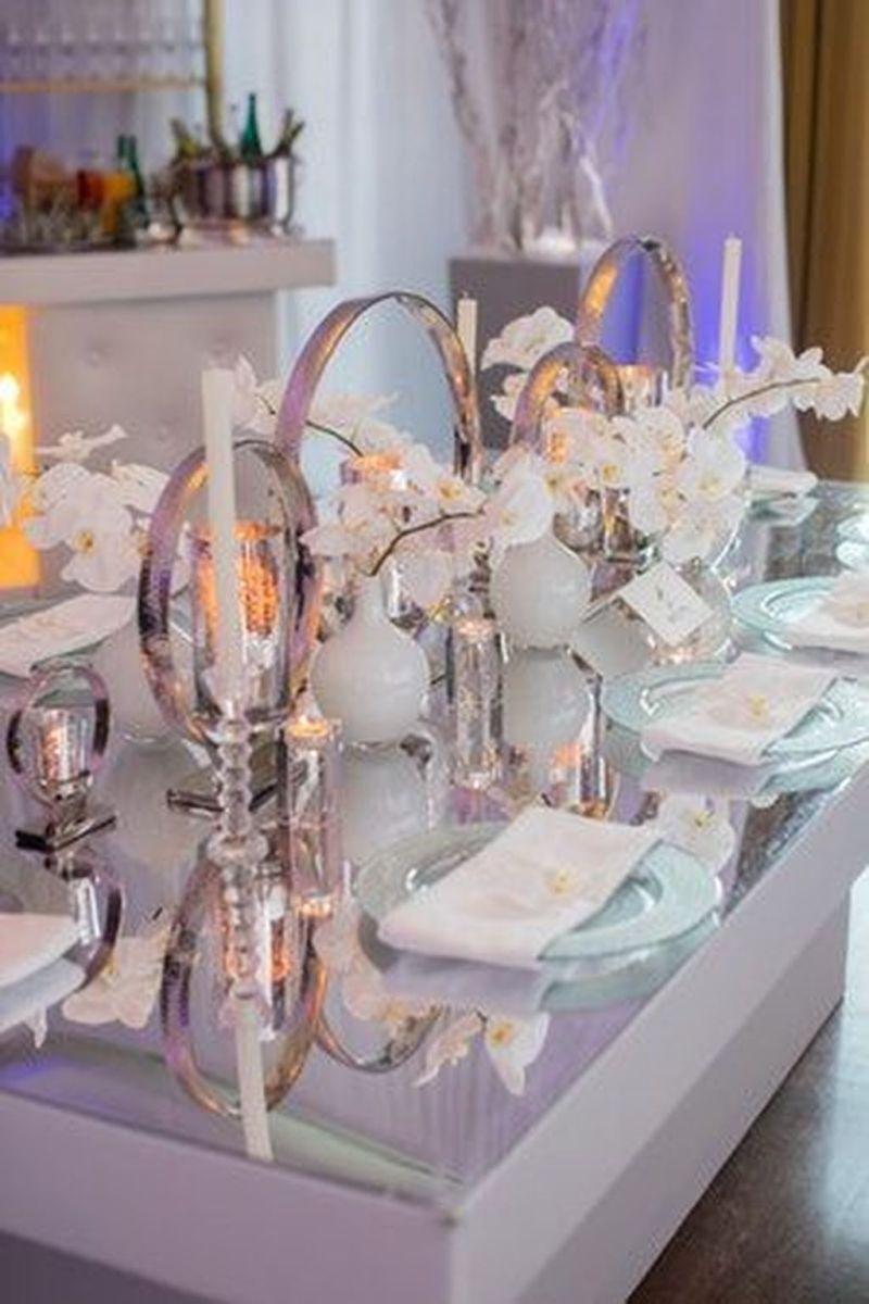 Beautiful Winter Wonderland Lighting Ideas For Outdoor And Indoor Decor 19