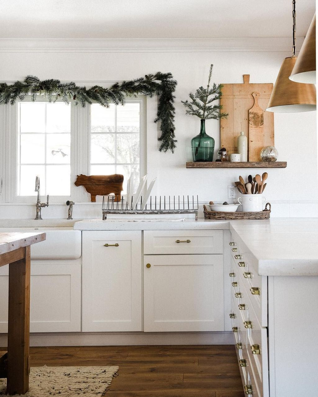 Inspiring Winter Kitchen Decor Ideas You Can Try 01