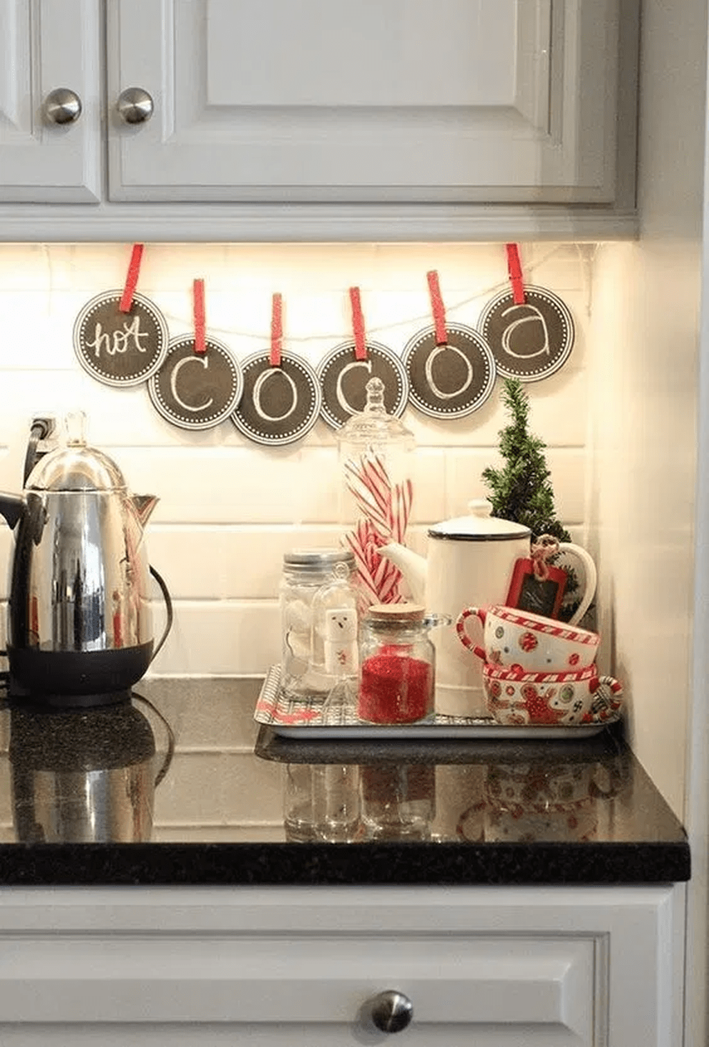 Inspiring Winter Kitchen Decor Ideas You Can Try 25